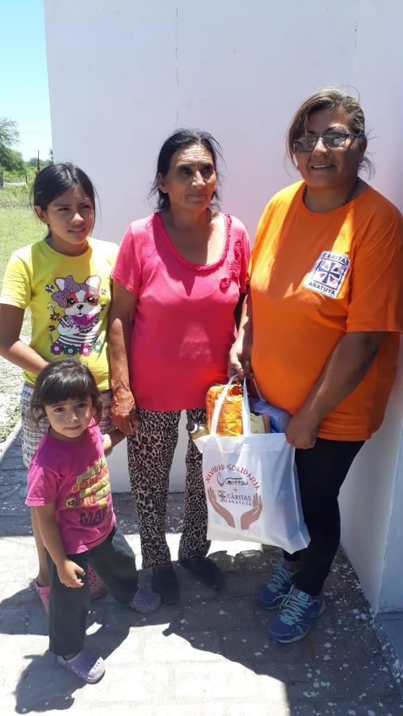 Ayudá a una familia de Añatuya